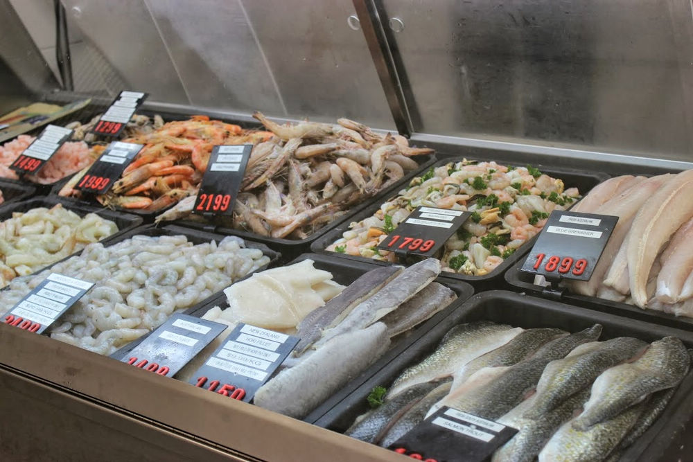 The complete guide to adelaide central market seafood for Central fish market