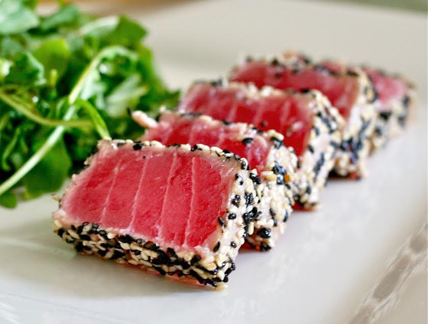 {Guest Post – Recipe} Seared crusted sesame tuna with a ponzudipping