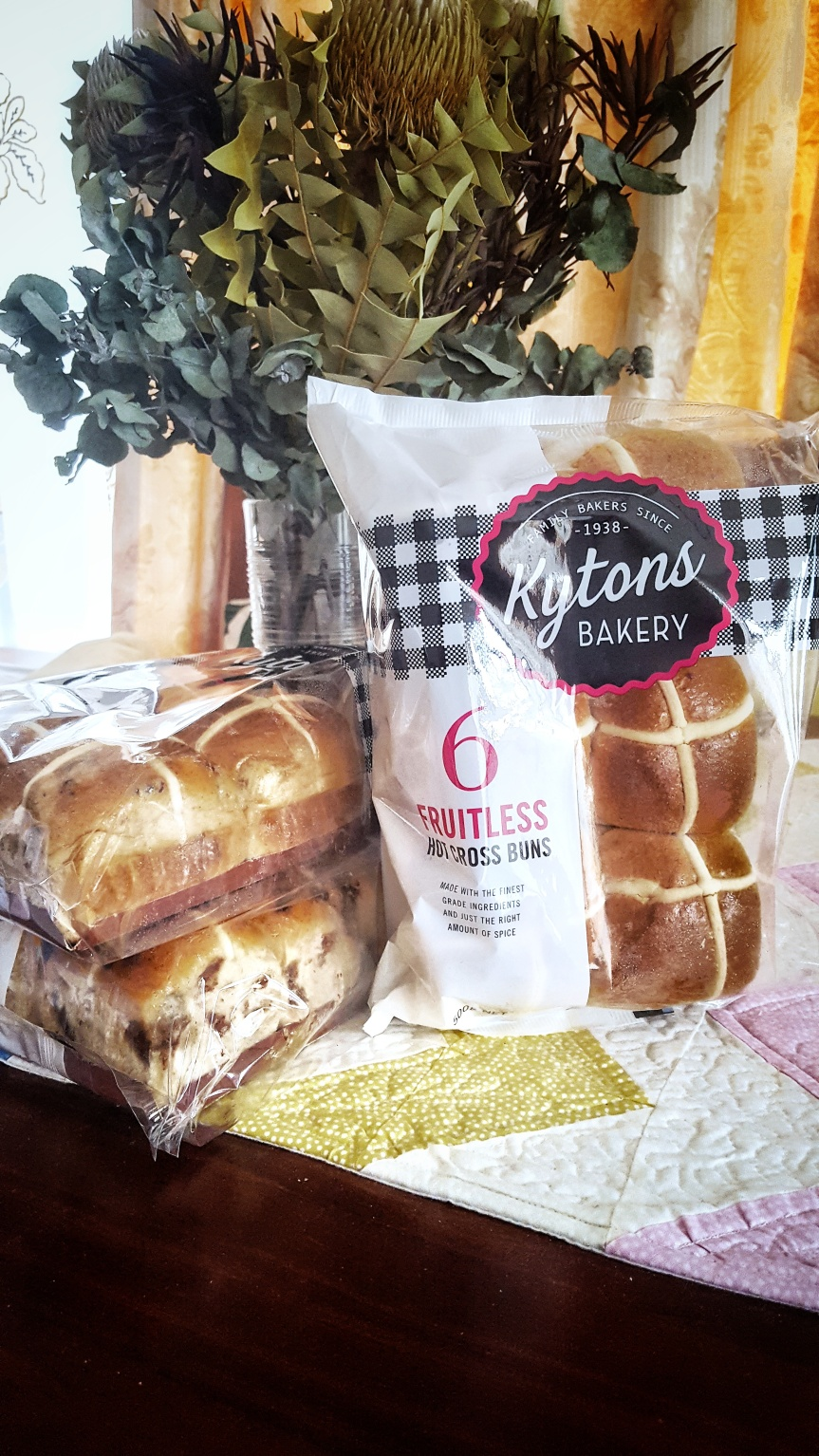 Kytons Bakery – Easter Hot Cross Buns